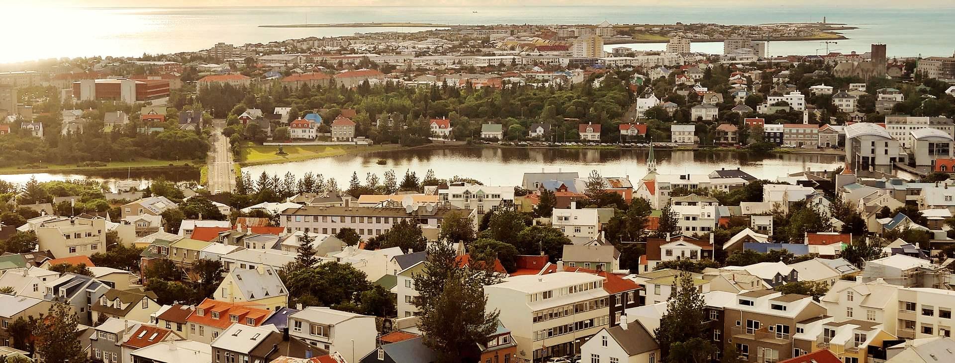 Matkoja Reykjavikiin, Islantiin