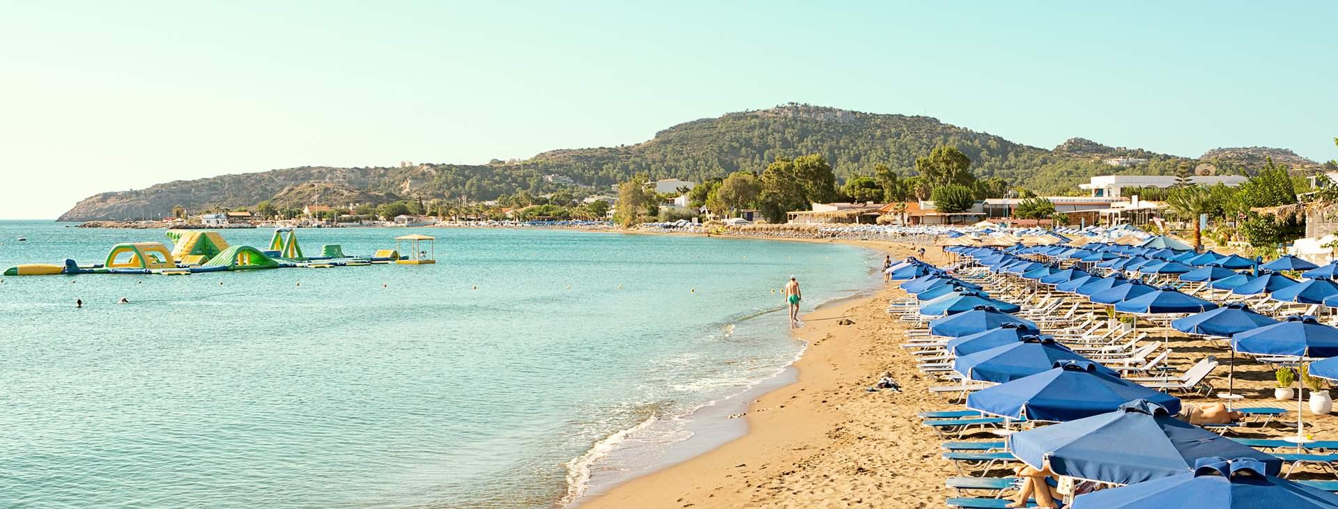 Falirakin rannat Rodoksella kutsuvat sinua lomalle Kreikkaan