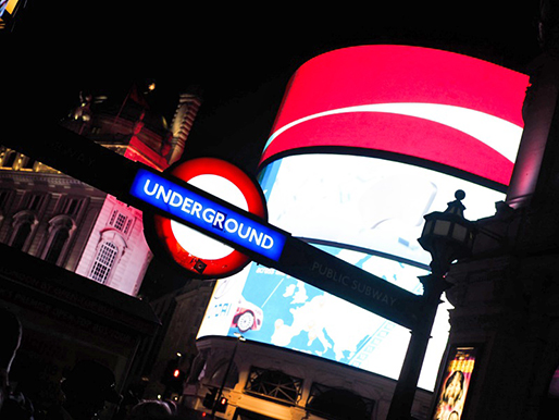 Lontoo, Piccadilly Circus